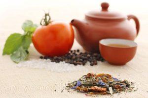 Herzhaft, belebend und reich an Inhaltsstoffen - so kann man Gemüsetee beschreiben. Foto: djd/Teaworld