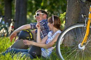 Eine Radtour ist die beste Gelegenheit, die eigene Region besser kennenzulernen. Foto: djd/Ministerium für Verkehr Baden-Württemberg